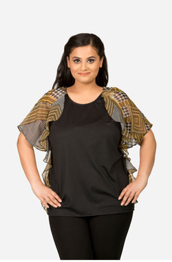 Black Short Sleeves Ruffled Top by Afamado