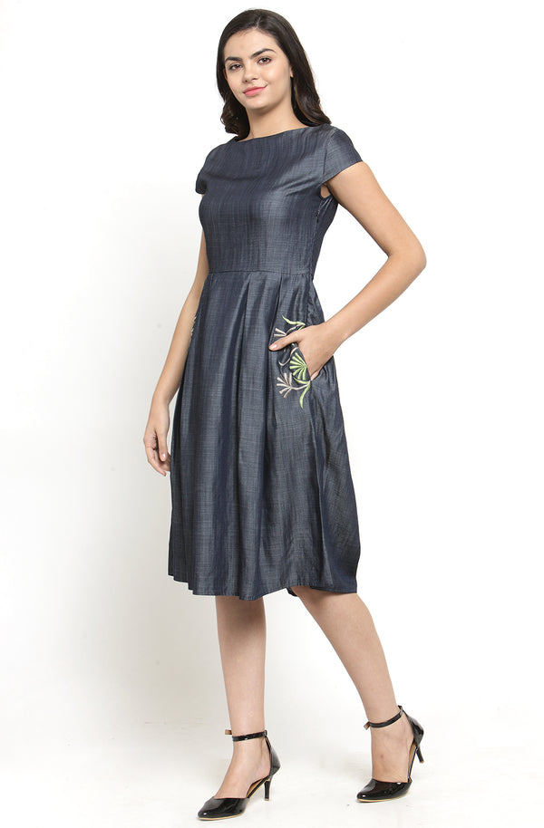 Cotton Chambray Dress With Pocket Detail