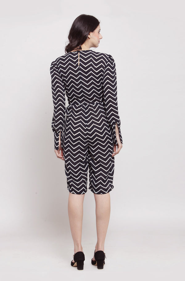 Chevron Print Knee-Length Jumpsuit