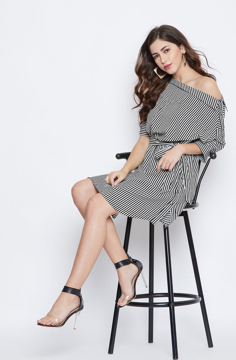 One Shoulder Tie-Up Dress