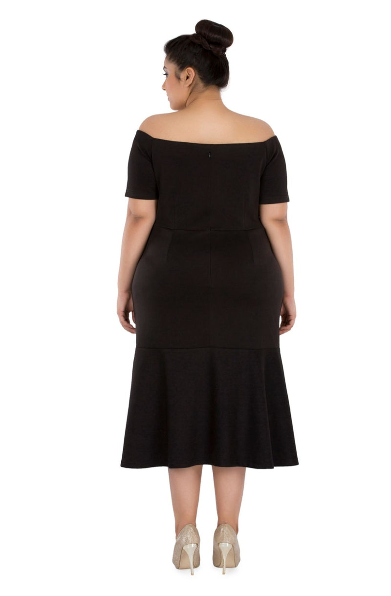 Black Off-Shoulder Body-con Dress