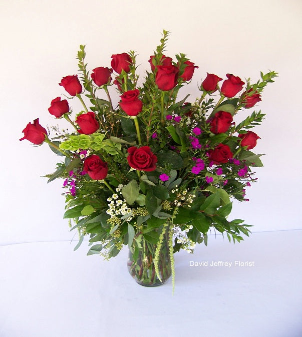 David Jeffrey's Roses 2 Dz Red In Vase