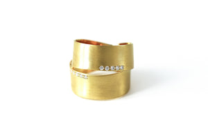 Gold Wrap Around Cigar Band