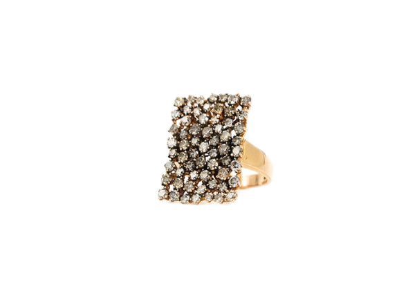 Rectangular Scattered Diamond Ring