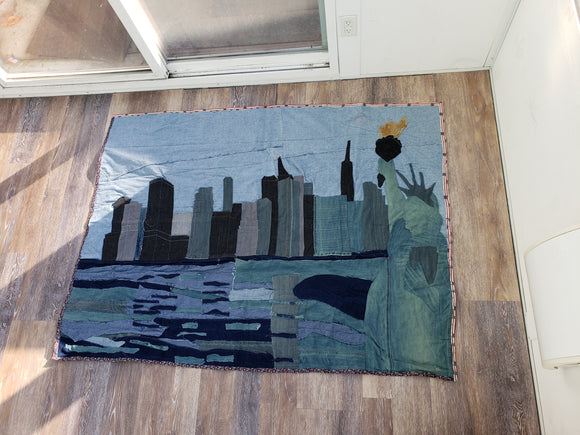 Lady Liberty & New York Skyline Quilt
