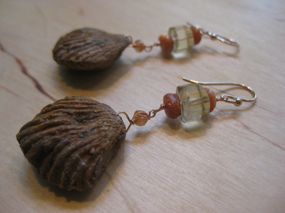 Insouciant Studios Shelldance Earrings