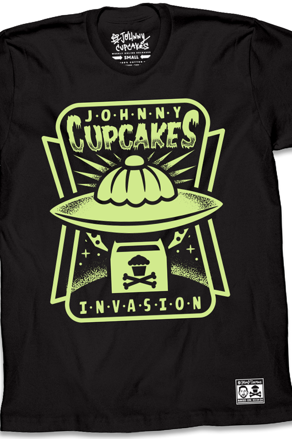 Cupcake Invasion (Glows in the dark!)