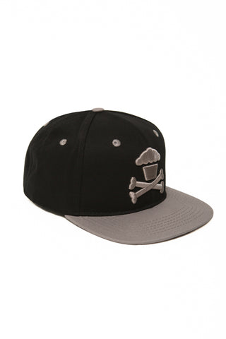 Crossbones Snapback (grey/black)