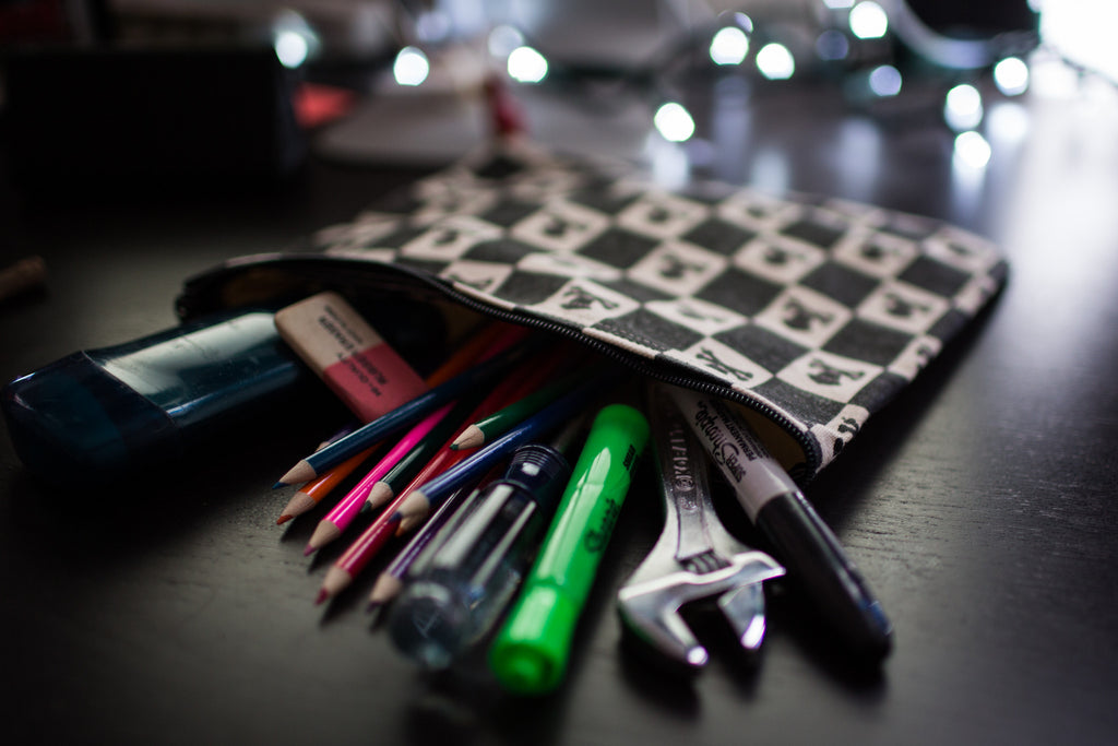 Zipper Pouch (Black)