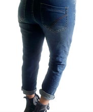 Load image into Gallery viewer, Button Jeans Med Wash
