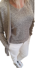 Load image into Gallery viewer, Leopard Lurex Knit Top