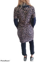 Load image into Gallery viewer, Leopard Tunic Sweatshirt
