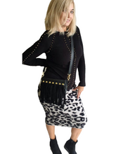 Load image into Gallery viewer, Leopard pencil skirt.
