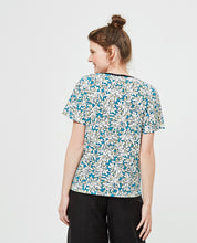 Load image into Gallery viewer, V-neck floral top