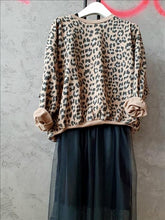 Load image into Gallery viewer, Grey Leopard Sweatshirt