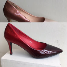 Load image into Gallery viewer, Two tone soft patent court shoe