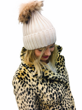Load image into Gallery viewer, Bobble Hats Removable Bobble 8 colours