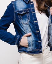 Load image into Gallery viewer, Fitted Denim Jacket