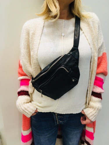 Leather bumbag