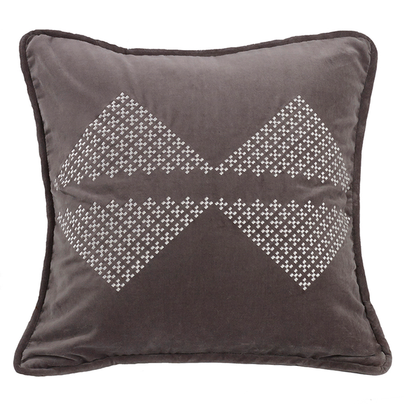 LG1895P6 Whistler Embroidered Diamond Pillow