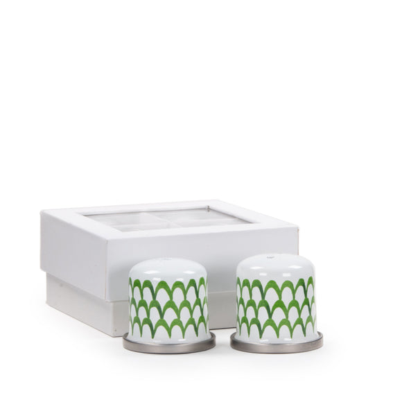 GS37 - Green Scallop Salt & Pepper Product 1