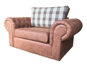 St Andrews Luxury Cuddle Chair