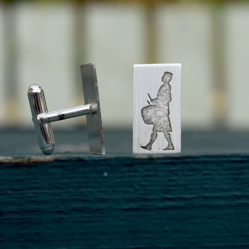 Side drummer cufflinks, side drum cufflinks, snare drum cufflinks, pipe band cufflinks