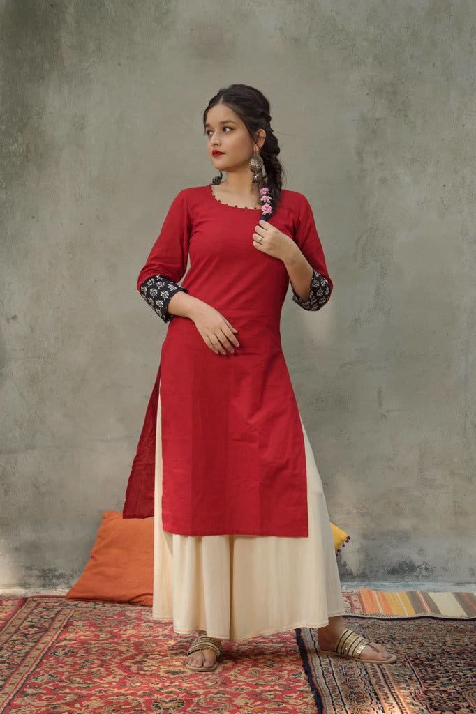 Red cotton kurta with print detailed sleeves