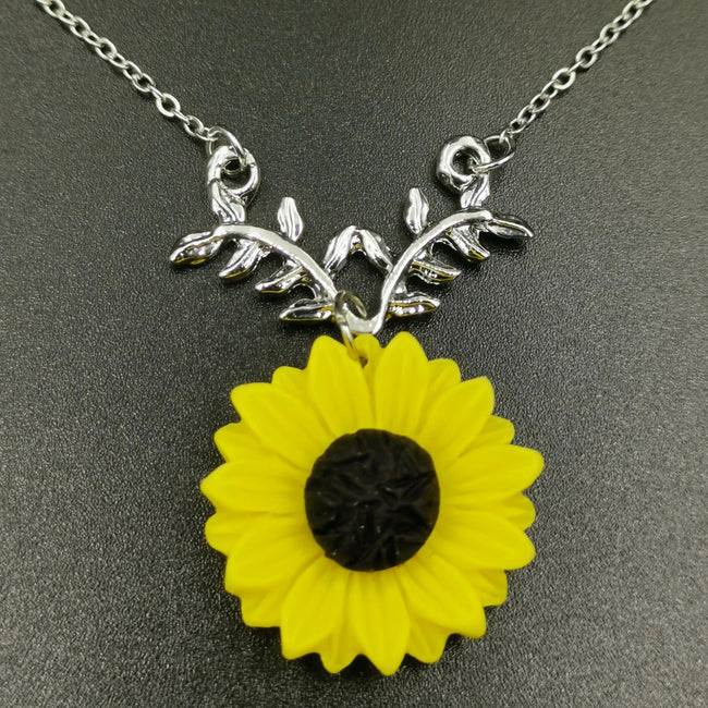 Sunflower Necklace - Silver (Yellow Flower) - Offer Hunts