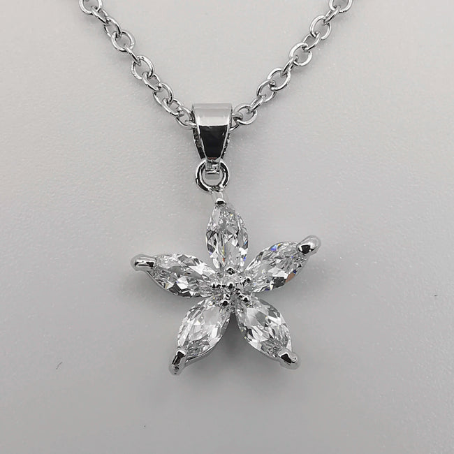 Summer Star Silver Necklace - CZ Crystals - Offer Hunts