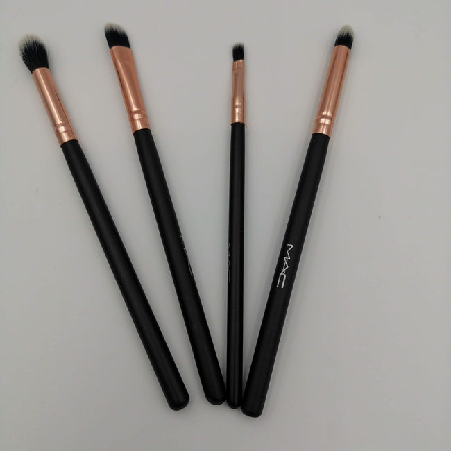 MAC Professional Eye Brush Set - 4 Brushes - Offer Hunts