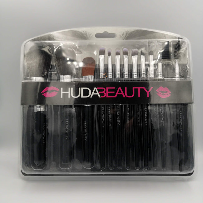 HUDA BEAUTY Professional Brush Set - 12 Brushes - Offer Hunts