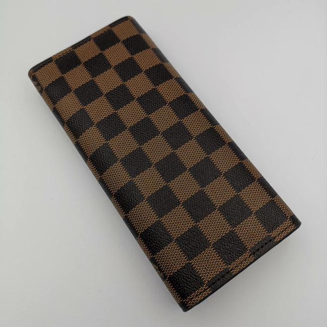 Louis Vuitton Boxed Brown Leather Purse - Offer Hunts