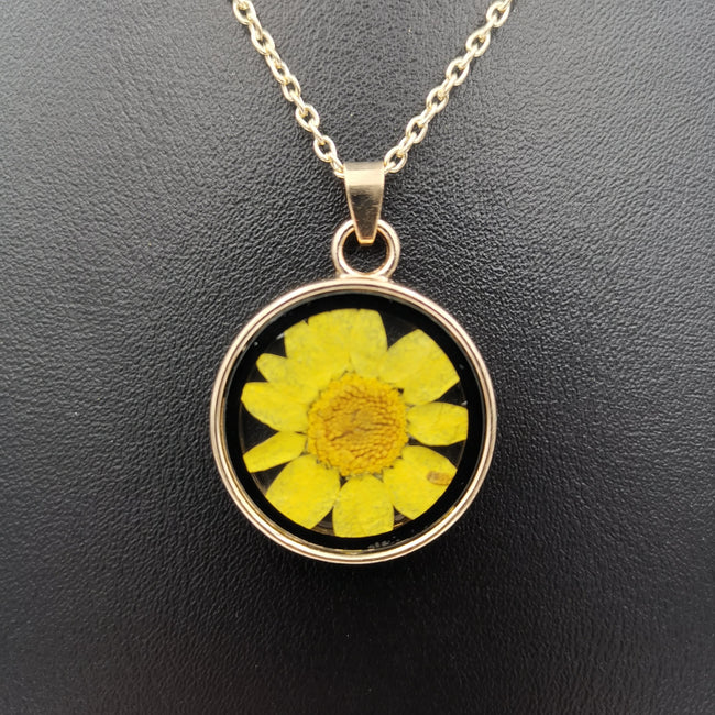 Real Dried Flower Necklace - Multiple Colors - Offer Hunts