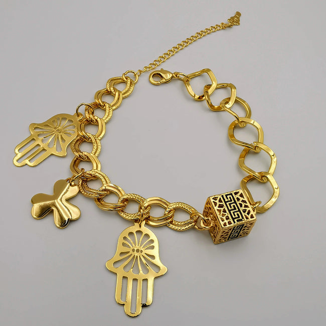 24K Gold Plated Hand Cube Chain Bracelet - Offer Hunts
