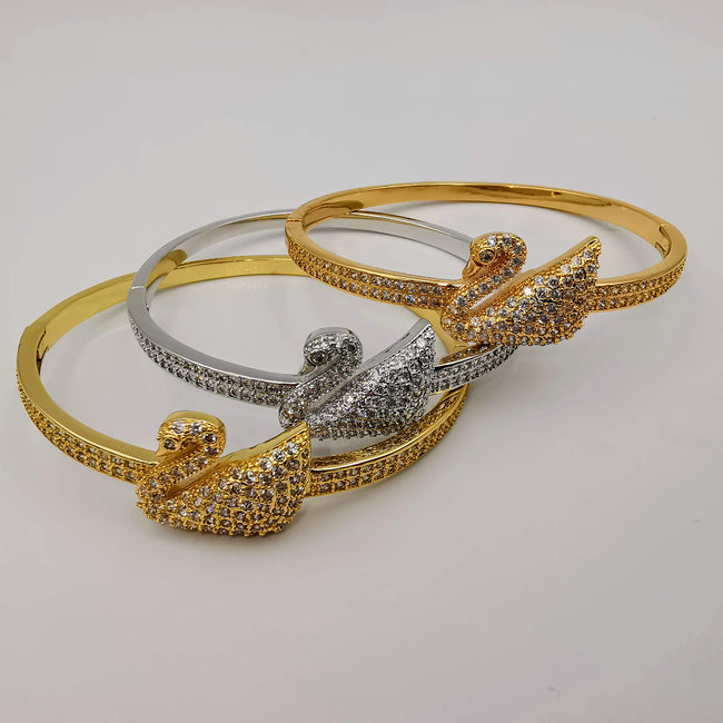 24K Gold Plated Stainless Steel Swan Bracelet Set [3 Pieces] - Adjustable Clasp Lock - Offer Hunts