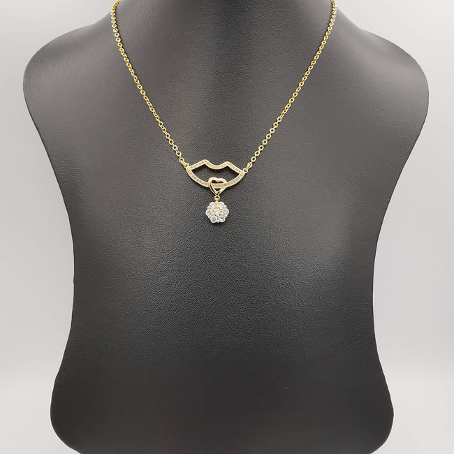 18K Yellow Gold Plated Crystal Lips Necklace - Offer Hunts