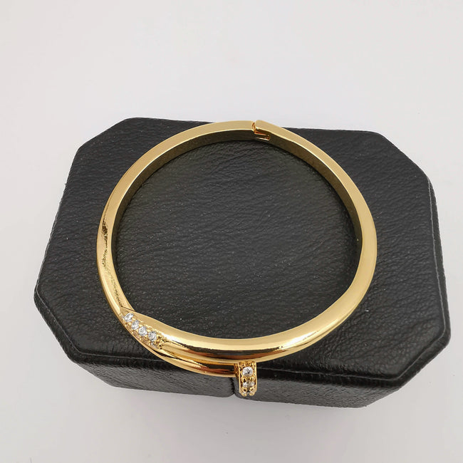 24K Gold Plated Stainless Steel Pin Bracelet [ 50mm Diameter] - Offer Hunts