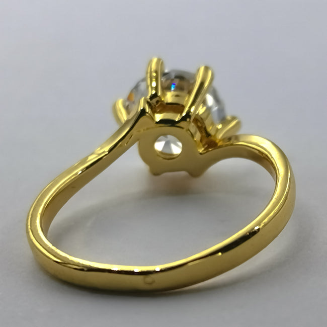 Slender Elegance Ring - 6 Prongs and 1 Stone - Offer Hunts