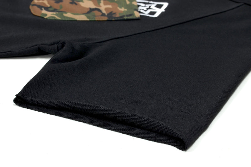 Camo Pocket Scoop Tee {Black} 6