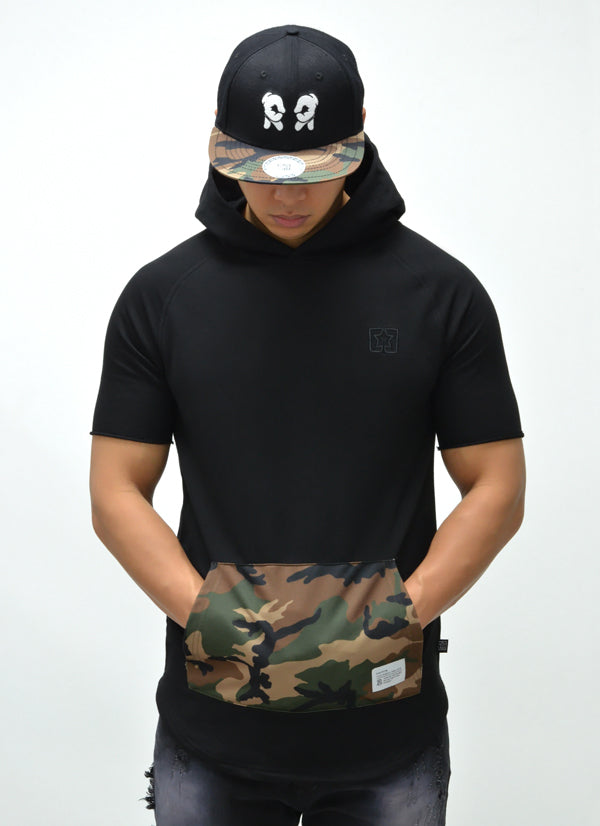 Camo Pocket Hooded Scoop Tee {Black} 1