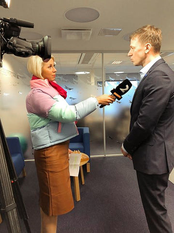 Hannes giving interview to Kanal2