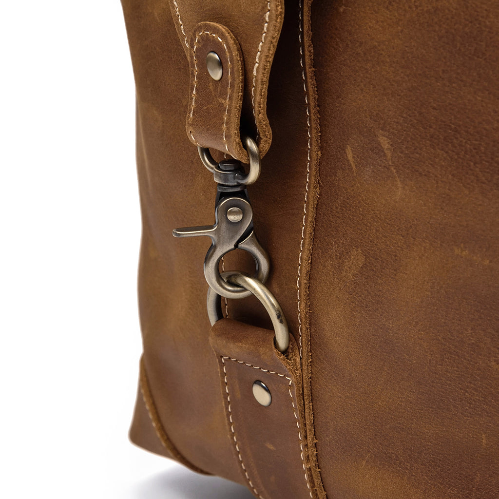 leather sports bags holdalls