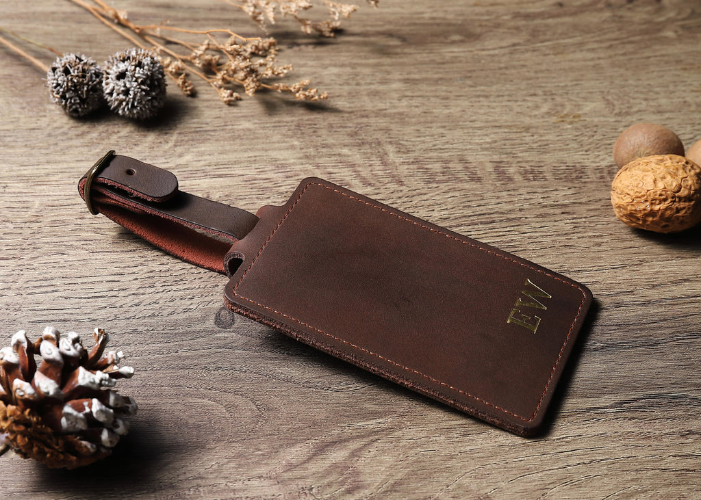 personalisable leather luggage tag