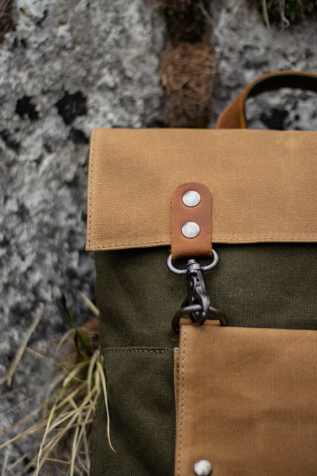 small backpack for women hiking