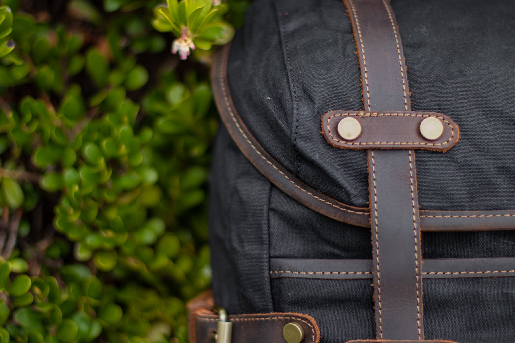 vintage style backpack sturdy