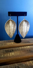 Load image into Gallery viewer, Metallic Teardrop Earrings