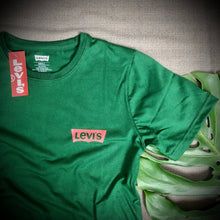 Load image into Gallery viewer, LEVIS Branded T Shirt ( T shirt item code - LE/Green )