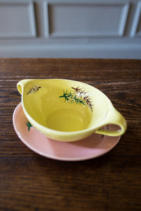 Vintage leaf-motif fondue bowls and saucers