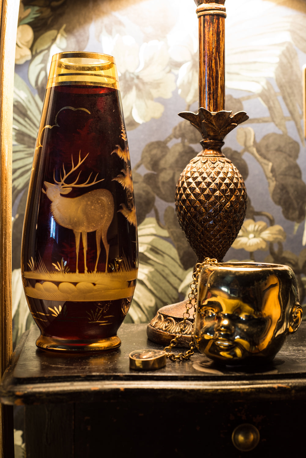 Pretty vintage Amber and Gold-toned Vase with Etched Stag on